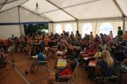 Ein fester Programmpunkt auf unserem kidscamp ist morgens Liedersingen<br> und eine Geschichte über Jesus